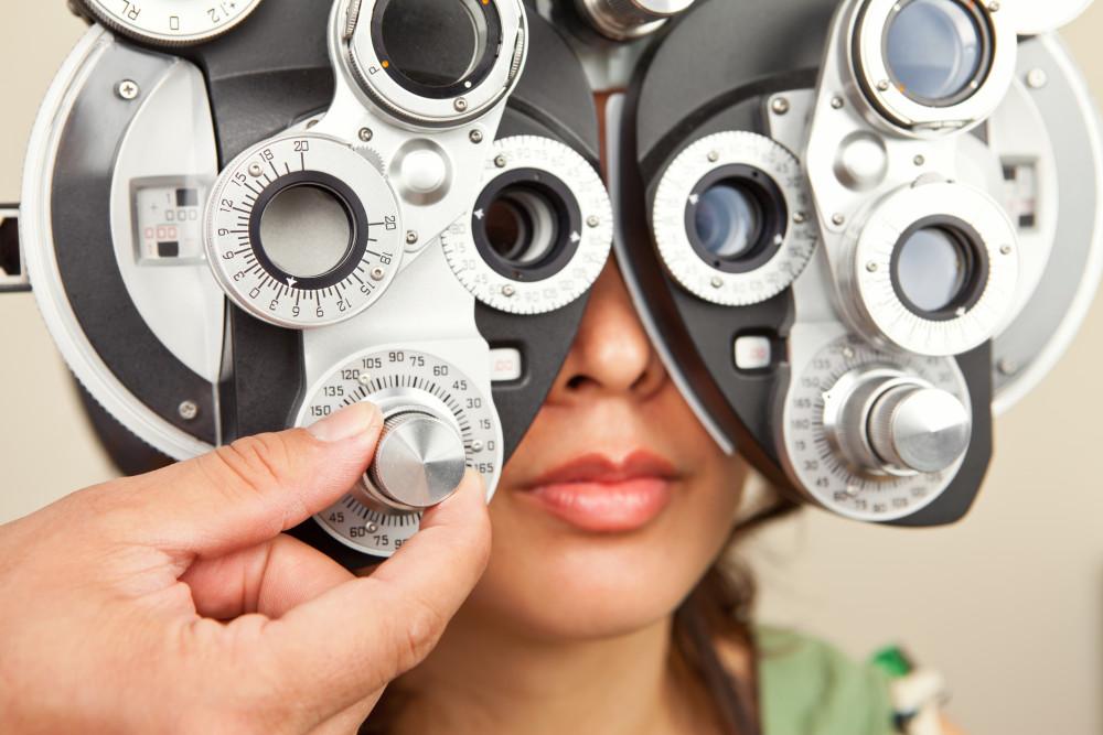 eye exam instrument