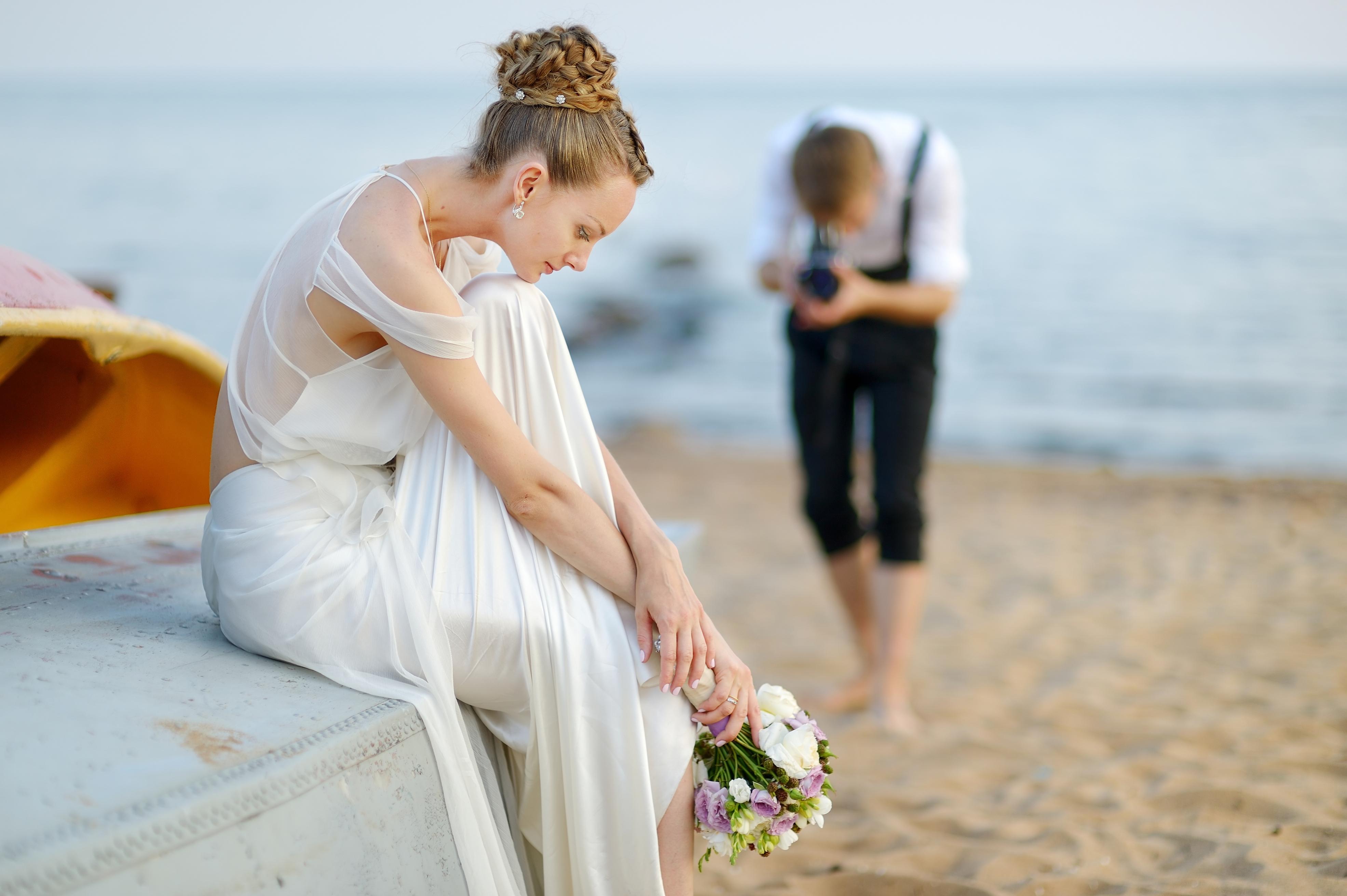 save on wedding photographer