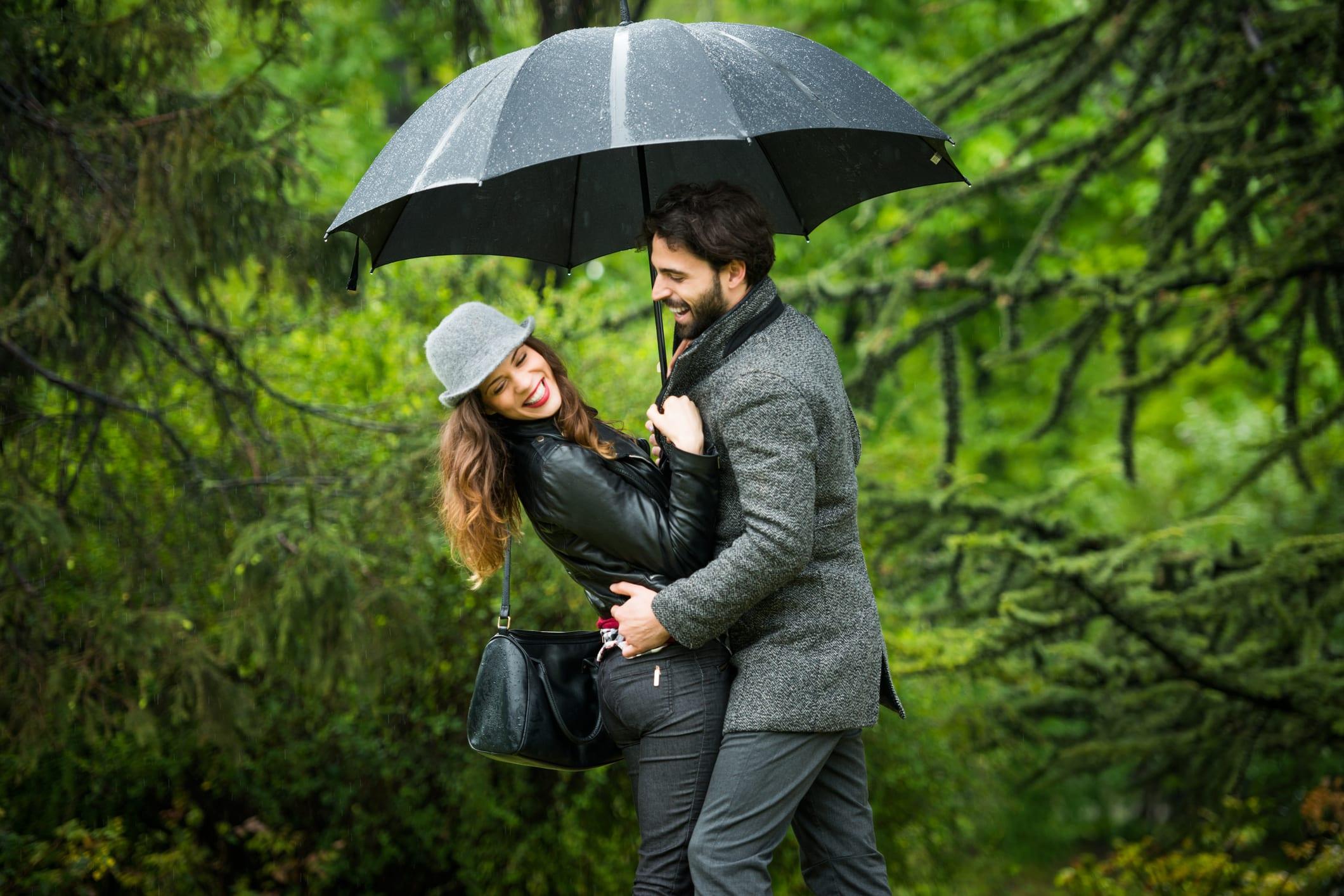 couple with best umbrella