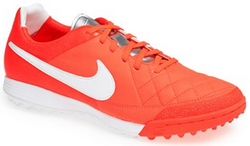 Nike at Nordstrom: Up to 50% off, deals from $16 + free shipping