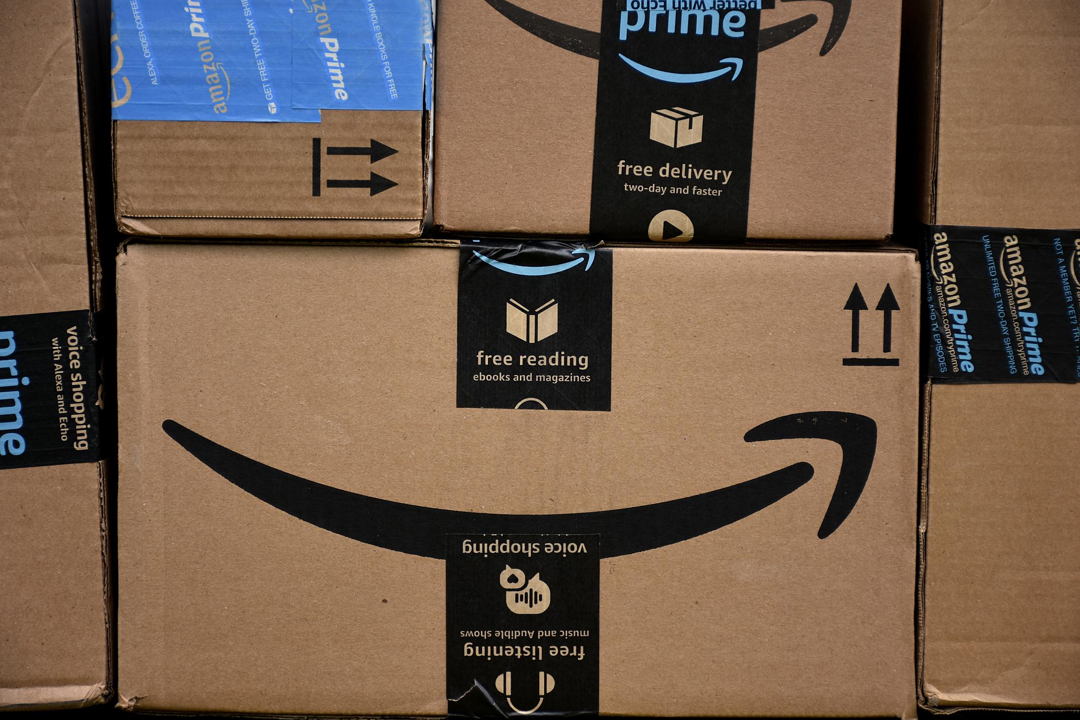 Amazon box smile